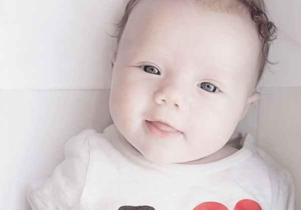 newborn-smile